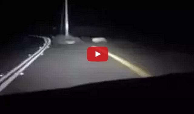 فيديو طريق سريع