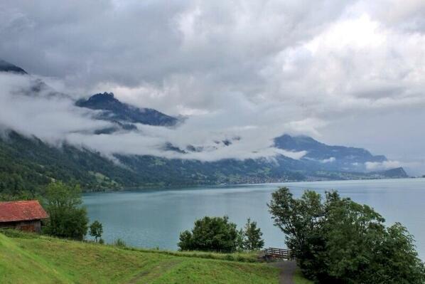 انترلاكن السويسرية