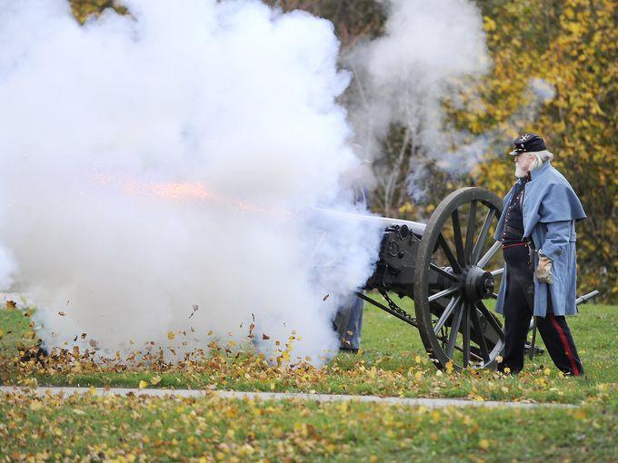 تمثيل الحرب الأهلية