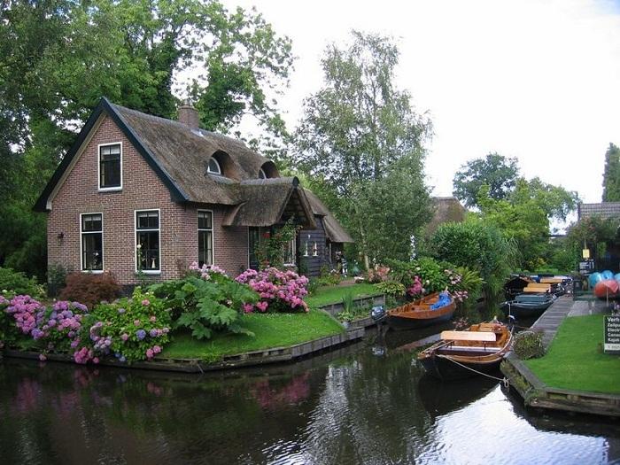 قرية هولندية