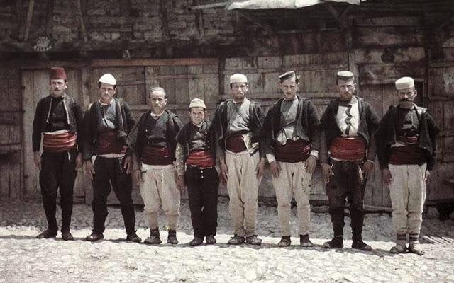 رجال من مقدونيا
