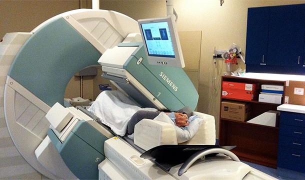 فحص بالأشعة المقطعية