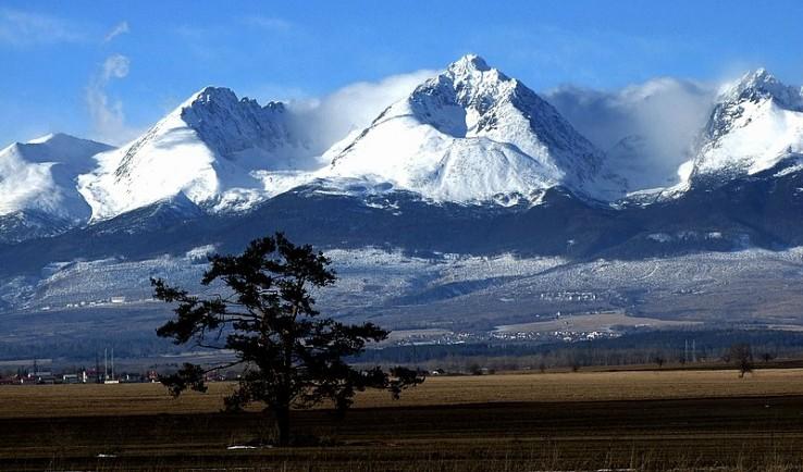 قمة جيرلاخوسكي