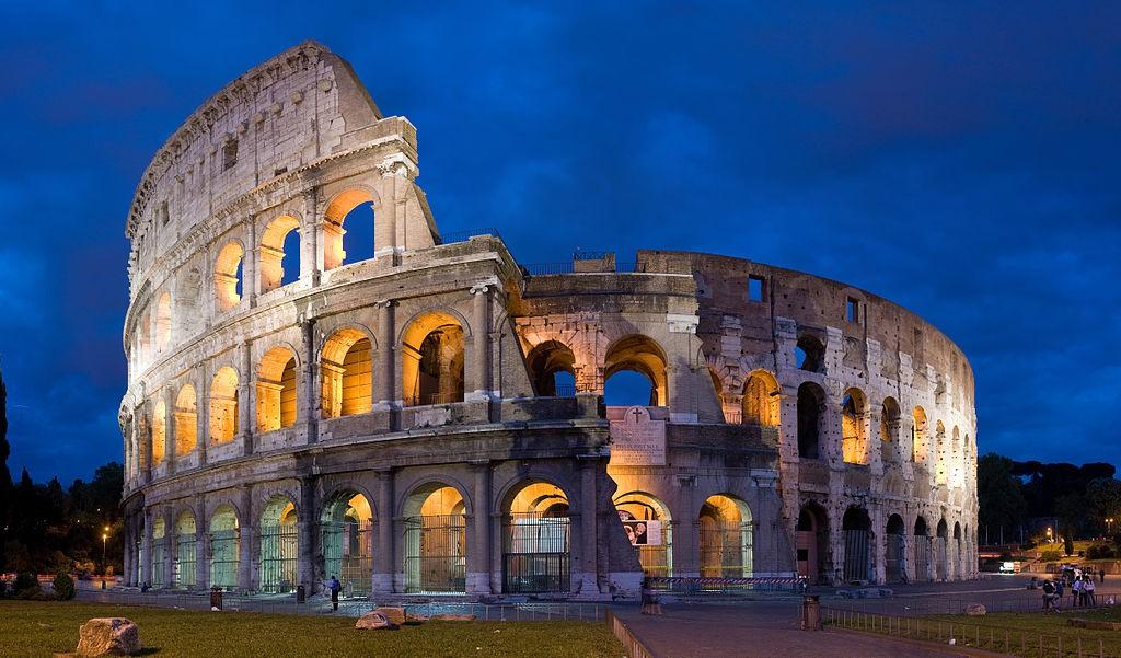 الكولوسيوم في روما