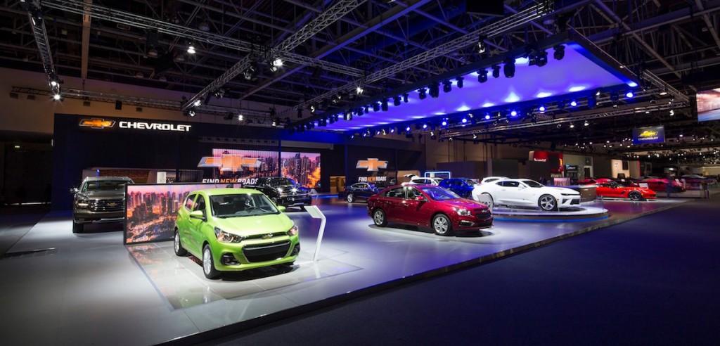 معرض دبي الدولي للسيارات 2015