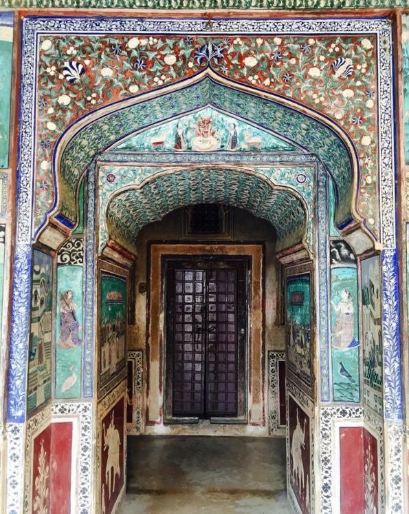 أبواب جميلة