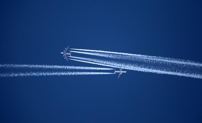 طائرتان