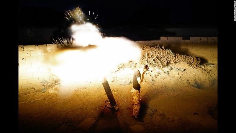 قصف مواقع داعش
