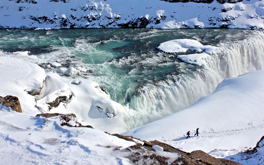 متجولون بآيسلندا