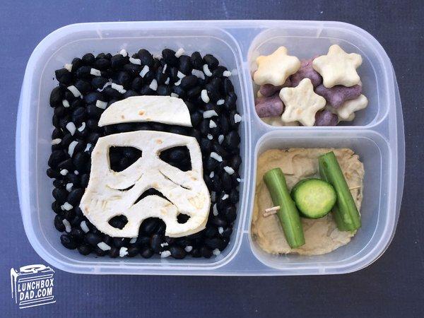 وجبات مدرسية