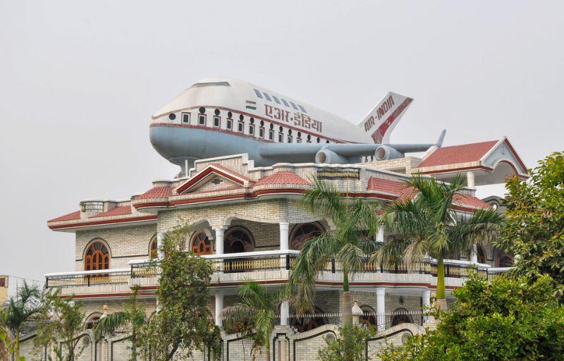 تزيين خزانات الشرب في الهند
