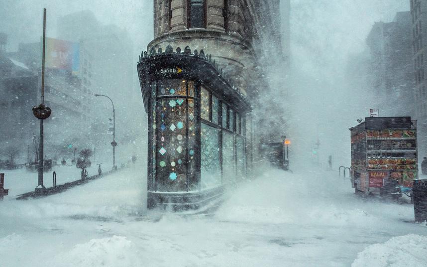 العاصفة الثلجية