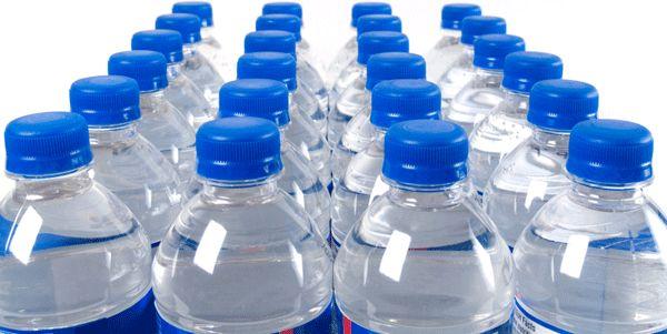 زجاجات مياه