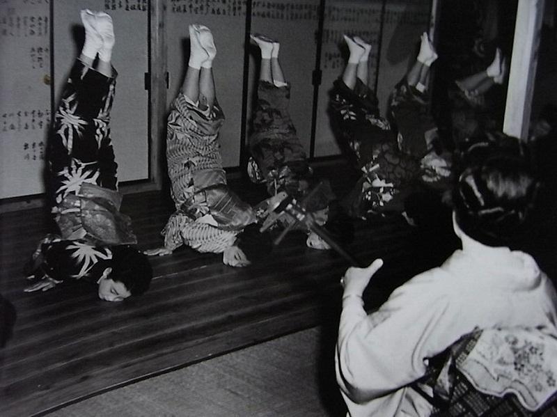 صور قديمة لليابان