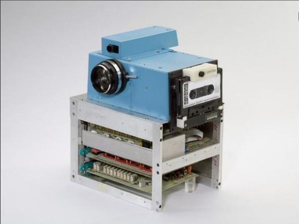كاميرا رقمية