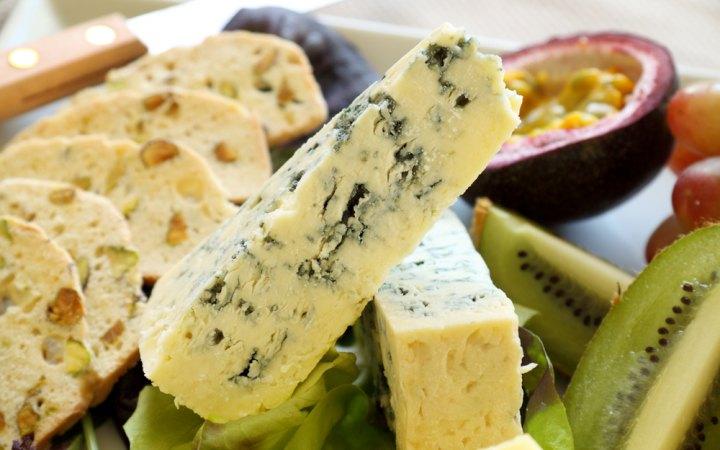 الجبن الأزرق