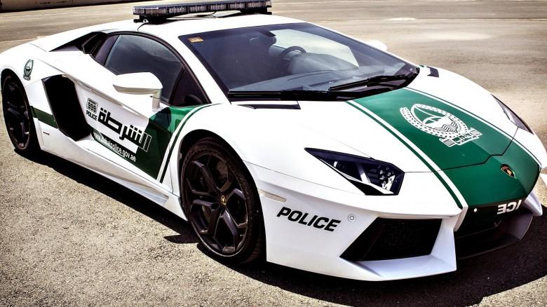 سيارات دبي