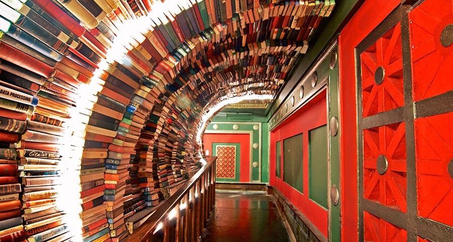 Last Bookstore tunnel