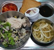 وجبات غذاء الطلاب
