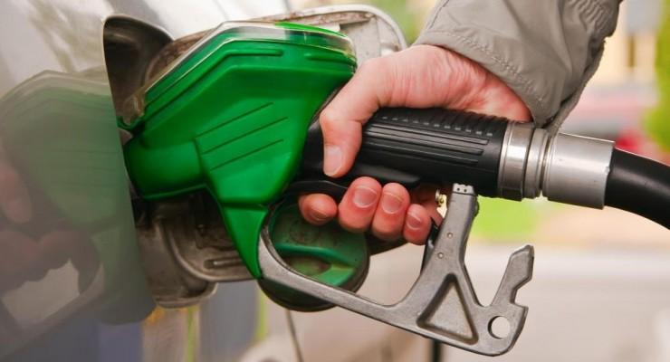 إنفوجرافيك: أفضل 5 طرق تضمن كفاءة استهلاك الوقود