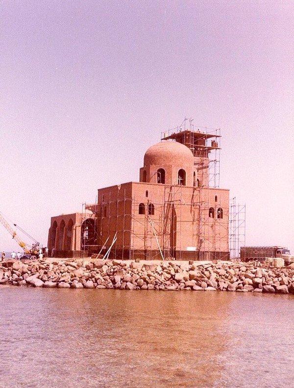 إنشاء مسجد