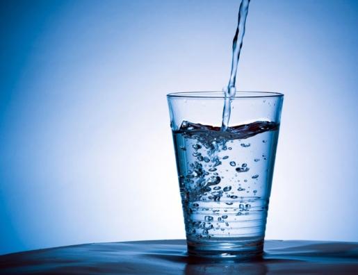 كأس ماء