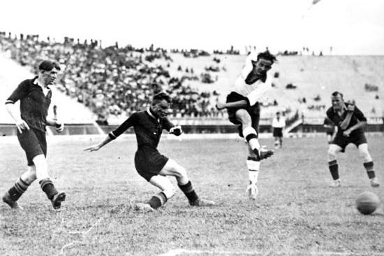 أسرع الأهداف التي هزت شِباك بطولات كأس العالم