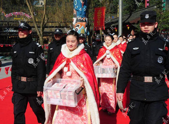 السياح الأكثر حظاً في الصين