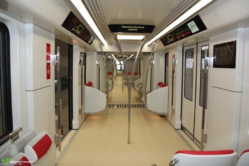 عربات قطار الرياض