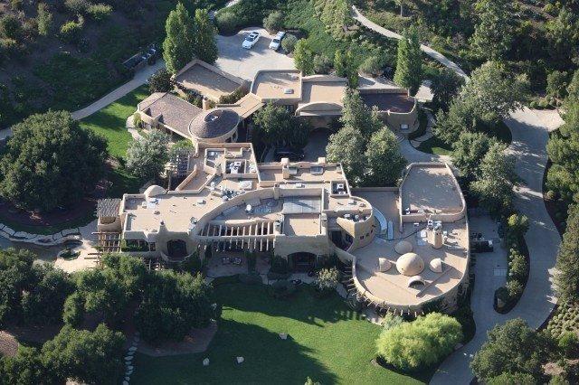 بيوت المشاهير