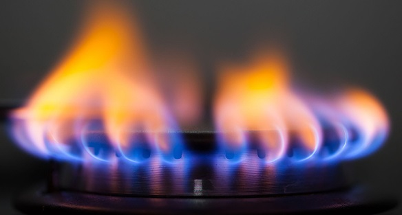 Blue vs Yellow Gas Flame