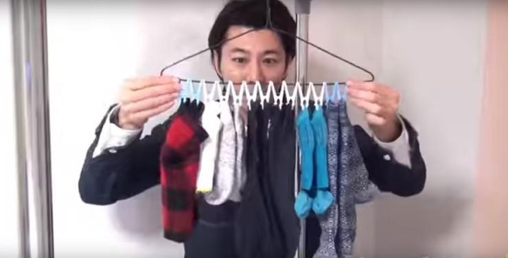 فيديو: أكثر من 20 طريقة مختلفة لاستخدام شماعات الملابس
