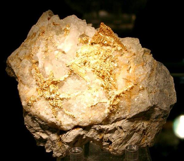 الذهب الخام