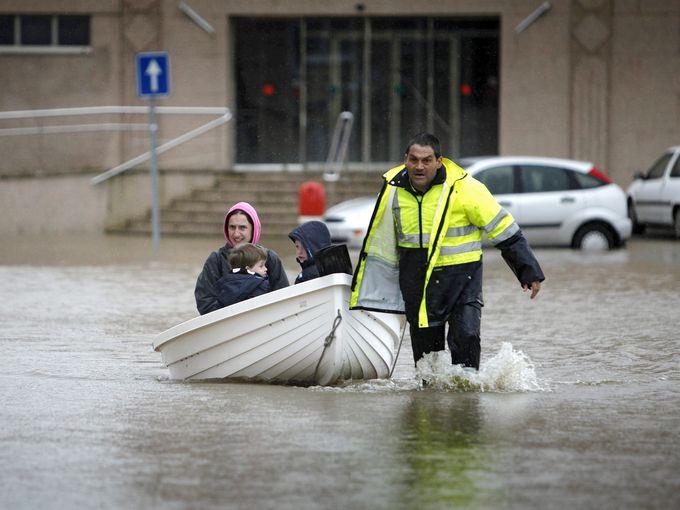 فيضانات في إسبانيا