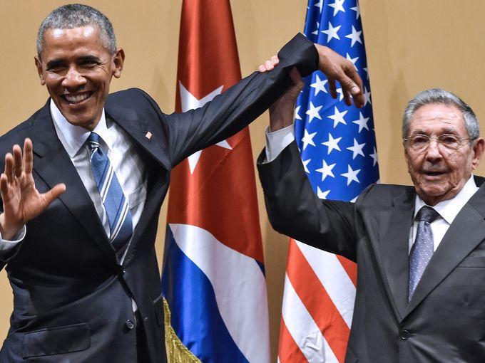 كاسترو وأوباما