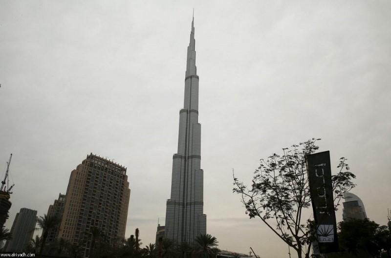 الأمطار تغرق الإمارات