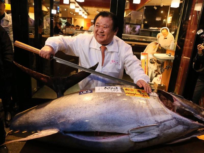 سوق سمك في اليابان