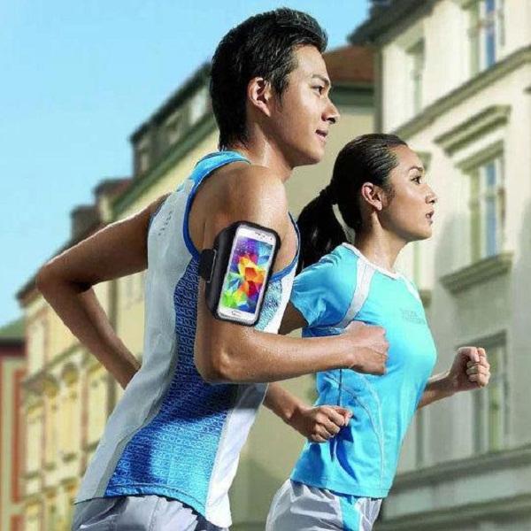 استعمال الهاتف بالرياضة