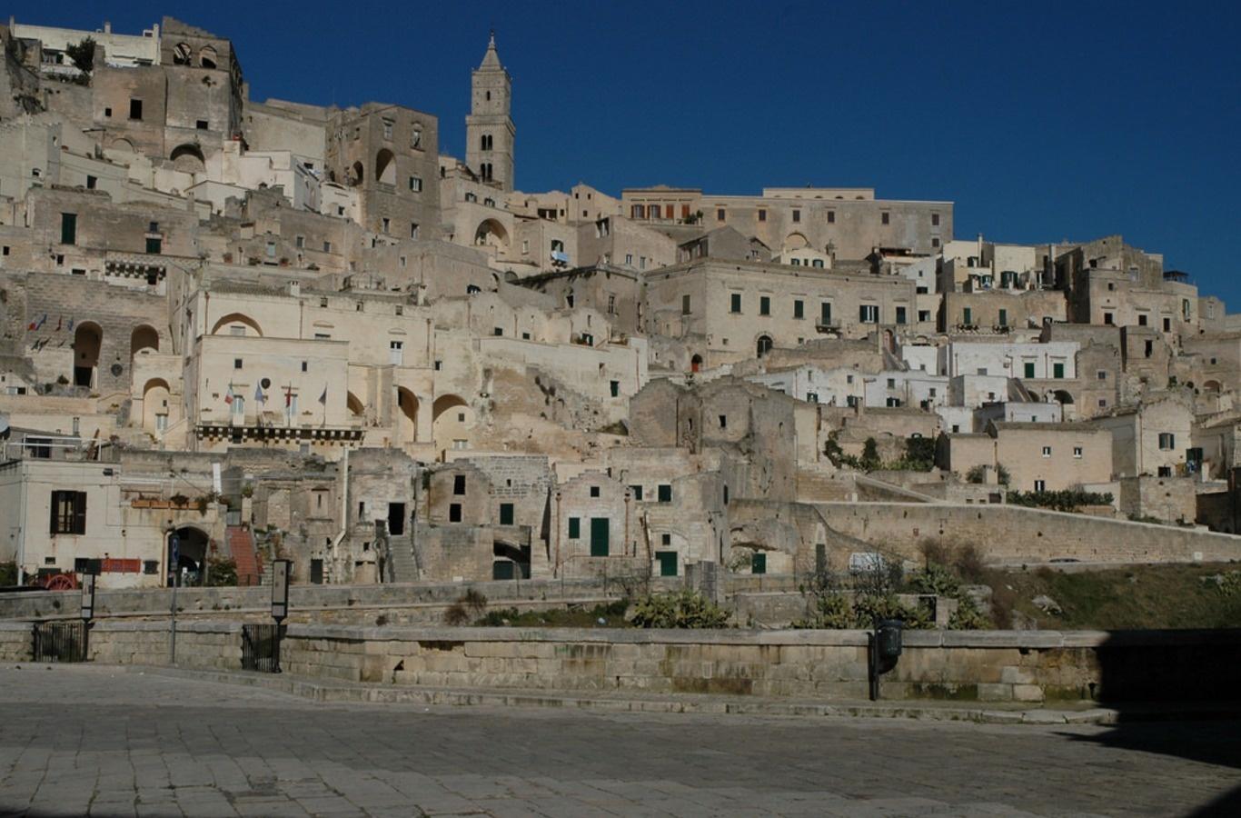 مدينة الكهوف الإيطالية