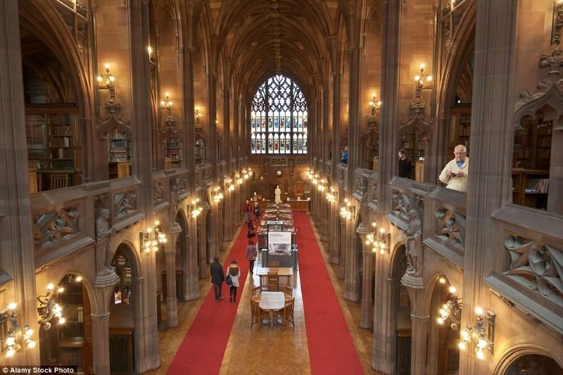 أجمل المكتبات البريطانية