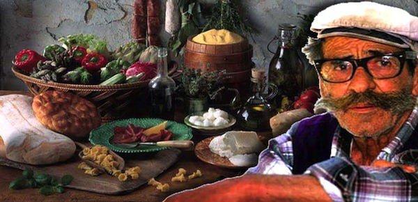 أكاريا جزيرة المعمّرين