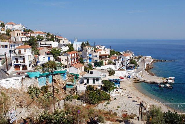 جزيرة المعمرين في اليونان