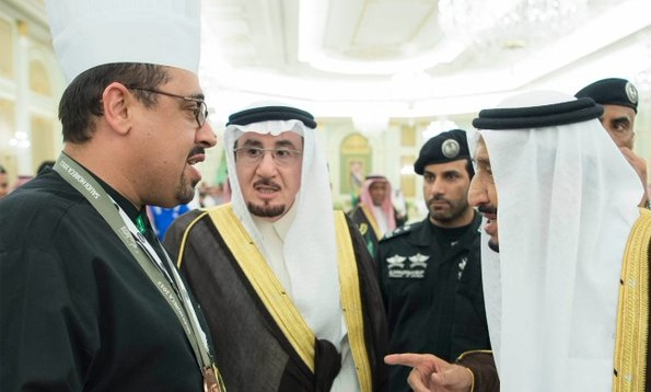 من عامل صيانة إلى واحد من أشهر الطهاة في السعودية والعالم