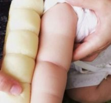 comparing babies to bread rolls