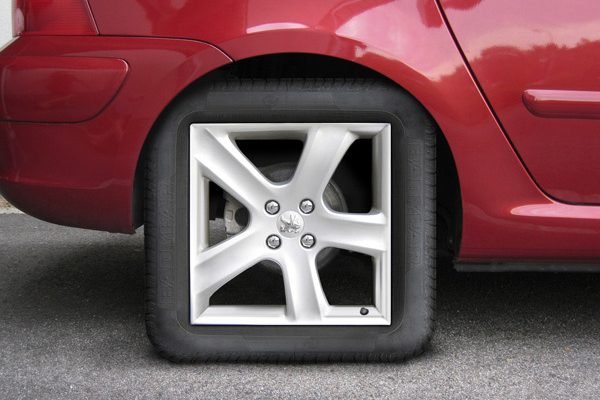 لماذا عجلات السيارات والدراجات دائرية فقط؟