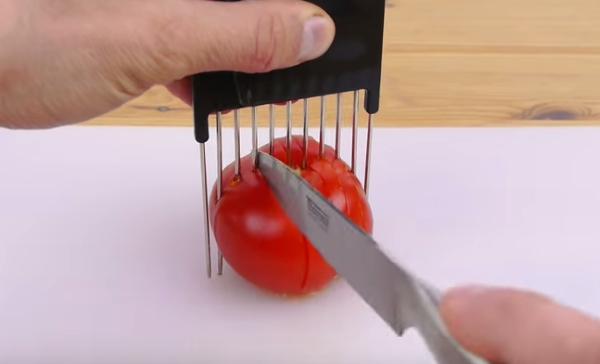 تقطيع الطماطم