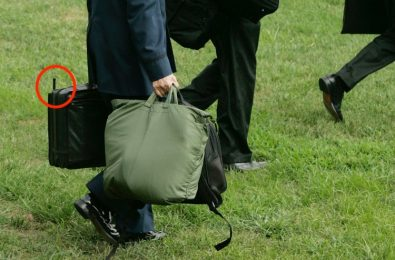 حقيبة سوداء