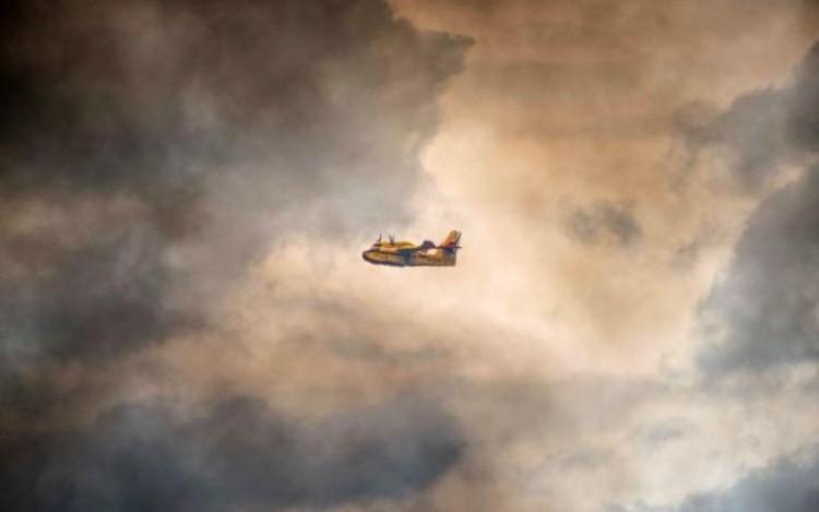 طائرة طوارئ