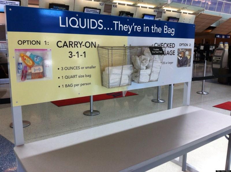 السوائل في المطارات