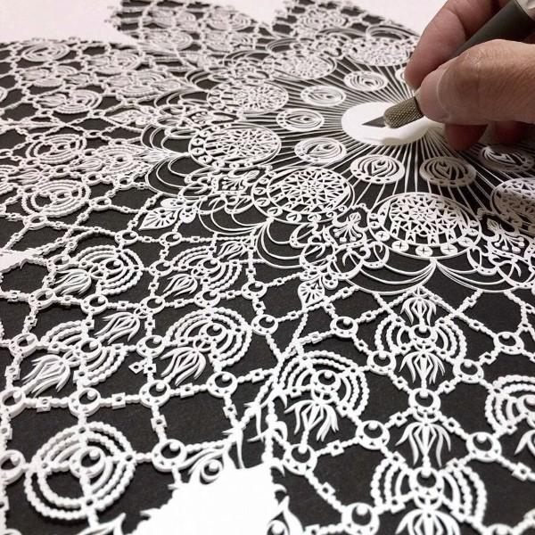فن قص الورق